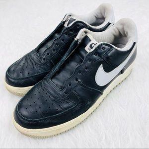 Nike Air Force One Size 10 Black White Classic 👟